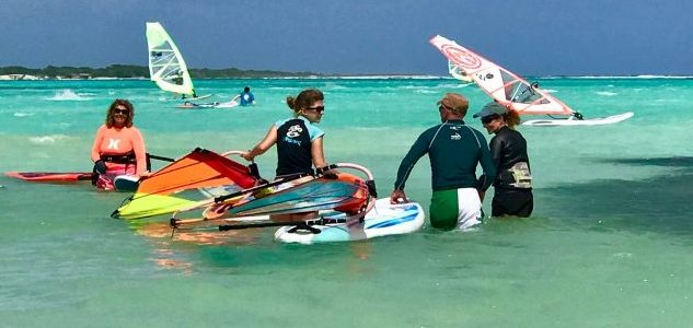 Beginner windsurf Lessons on Bonaire. The best place to learn to Windsurf