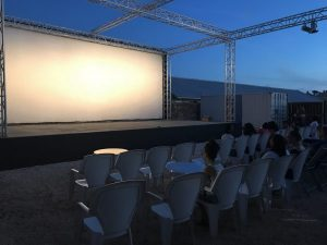 see a movie outdoors on bonaire